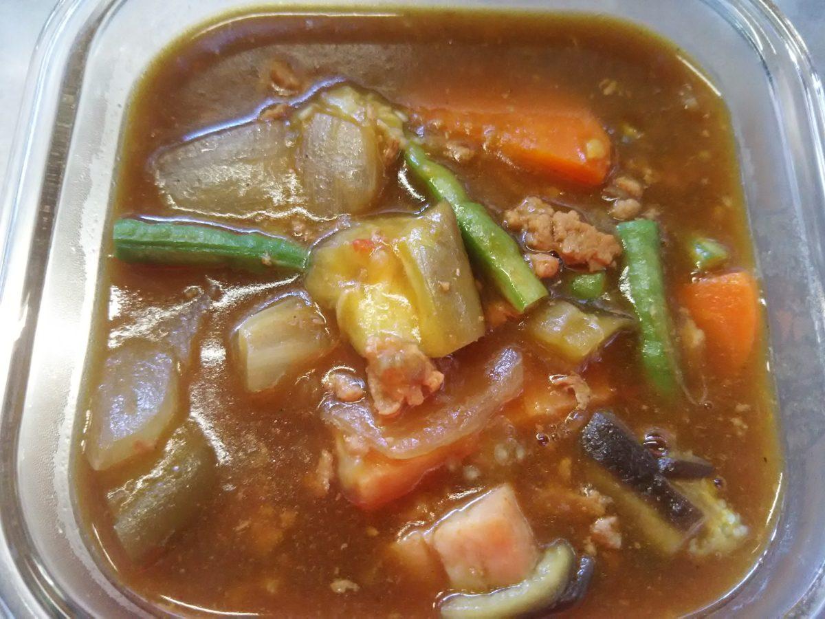 時間のない朝に作る、時短・夏野菜カレー弁当
